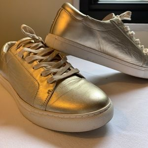 Gold Kenneth Cole Sneakers 👟 Size 10